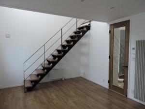 リビング鉄階段